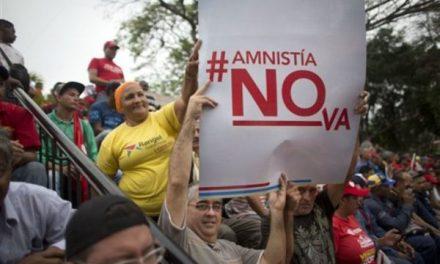 Cinco puntos para comprender la inconstitucionalidad de la Ley Amnistía y las acciones no democráticas de la oposición  (por Silvina M. Romano)