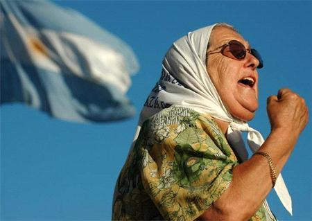 Disparen contra Hebe: Poder judicial vs Memoria, una lucha política