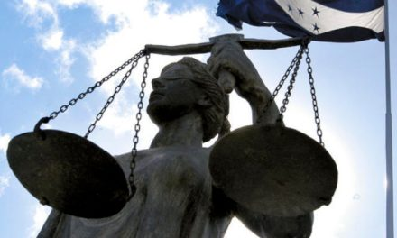 El Salvador en la arena del Poder Judicial