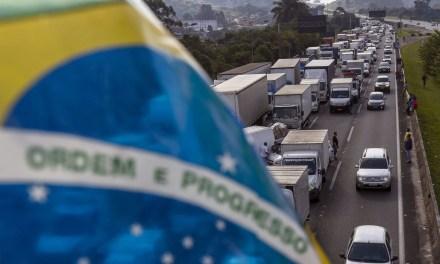 Entre el paro de los camioneros y los militares: candidaturas en tiempos de crisis estructural