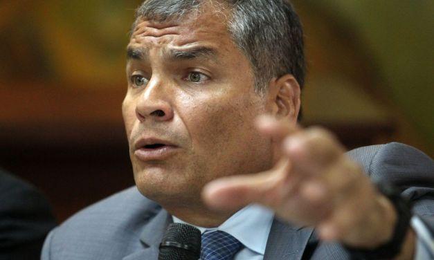 """¿Cuánto le cuesta al Ecuador """"descorreizar"""" el país?"""