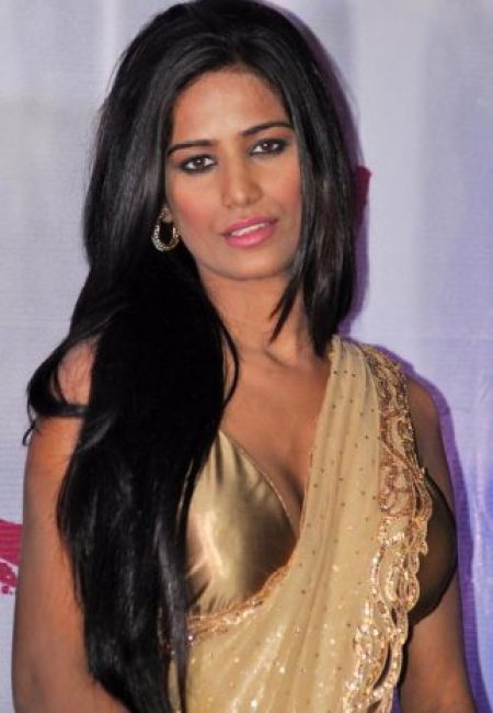Poonam Pandey Measurements, Height, Weight, Bra Size, Age, Wiki