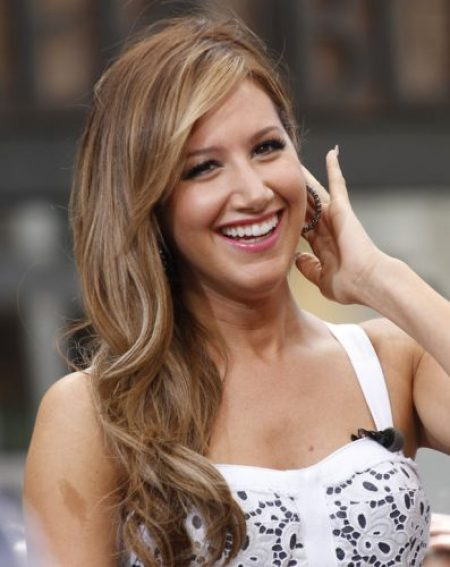 Ashley Tisdale Measurements, Height, Weight, Bra Size, Age, Wiki