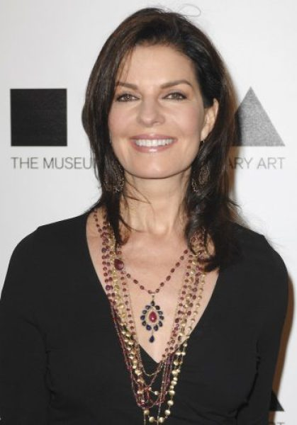 Sela Ward Measurements, Height, Weight, Bra Size, Age, Wiki