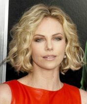 Charlize Theron height and weight 2014