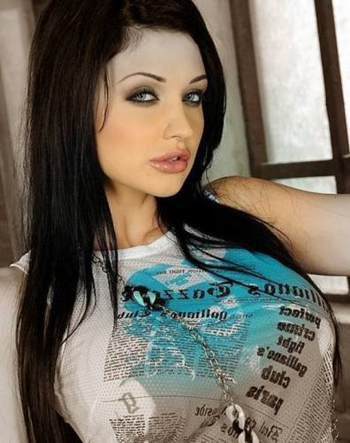 Aletta Ocean birth height weight measurements