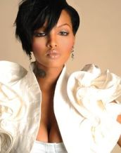 LoLa Monroe Measurements, Height, Weight, Bra Size, Age, Wiki
