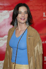 Terry Farrell Measurements, Height, Weight, Bra Size, Age, Wiki