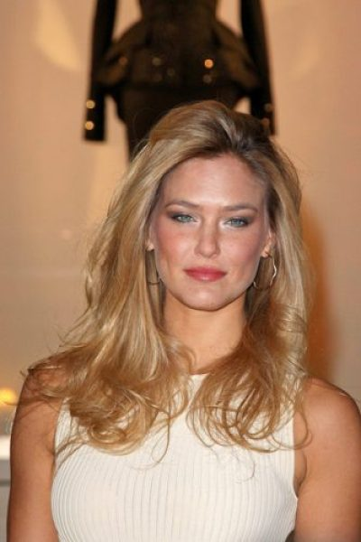 Bar Refaeli Measurements, Height, Weight, Bra Size, Age, Wiki