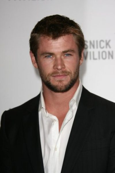 Chris Hemsworth height and weight 2016