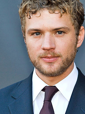 Ryan Phillippe Height, Weight, Age, Biceps Size, Body Stats