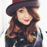 Zoe Sugg height and weight 2016
