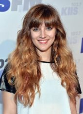 Aubrey Peeples height and weight 2016