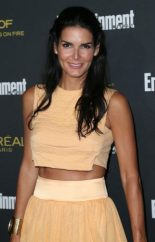 Angie Harmon Measurements, Height, Weight, Bra Size, Age, Wiki