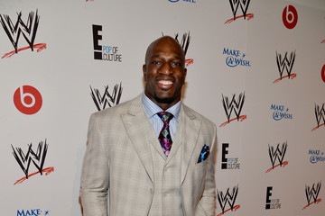 Titus O'Neil Chest Biceps size