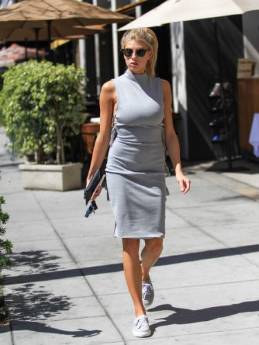 Charlotte McKinney Upcoming films, Birthday date, Affairs