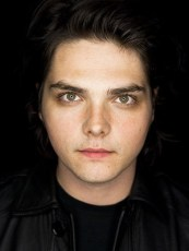 Gerard Way Height, Weight, Age, Biceps Size, Body Stats