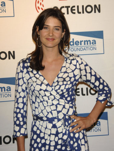Cobie Smulders Measurements, Height, Weight, Bra Size, Age, Wiki