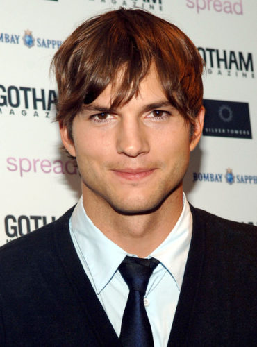 Ashton Kutcher height and weight 2017
