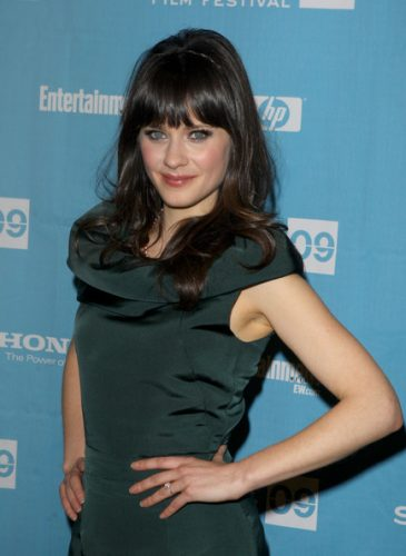 Zooey Deschanel Measurements, Height, Weight, Bra Size, Age, Wiki