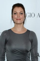 Bellamy Young height and weight
