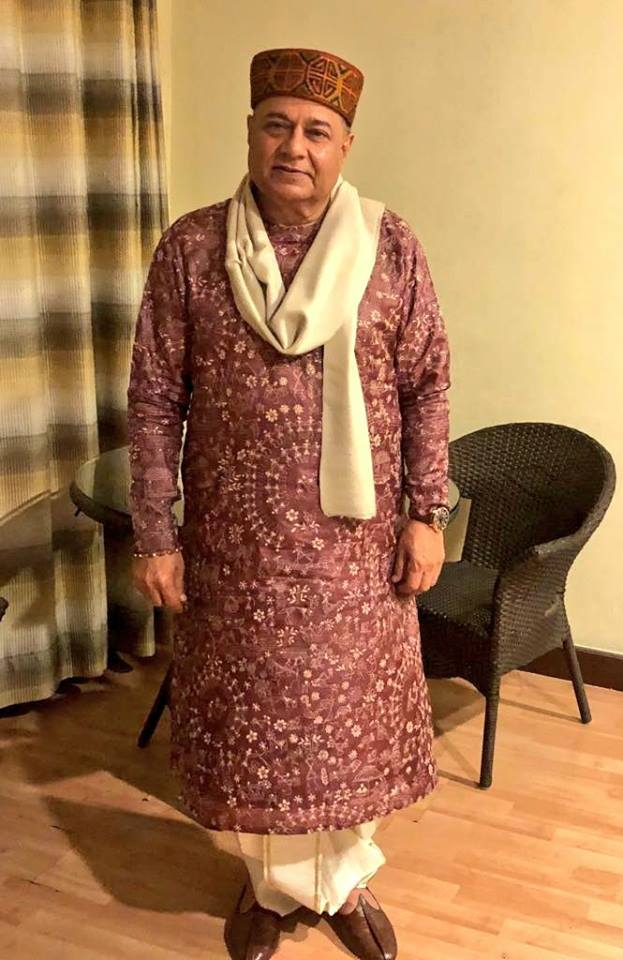 Anup Jalota height and weight 2017