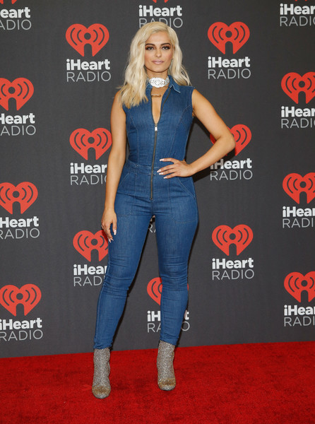 Bebe Rexha Measurements, Height, Weight, Bra Size, Age, Wiki