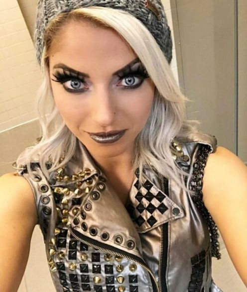 Alexa Bliss Bra Size, Wiki, Hot Images