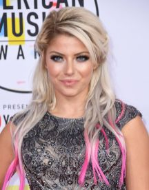 Alexa Bliss height and weight