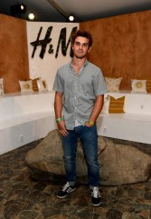 KJ Apa height and weight 2017