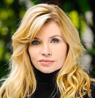 Nadine Caridi Measurements, Height, Weight, Bra Size, Age, Wiki