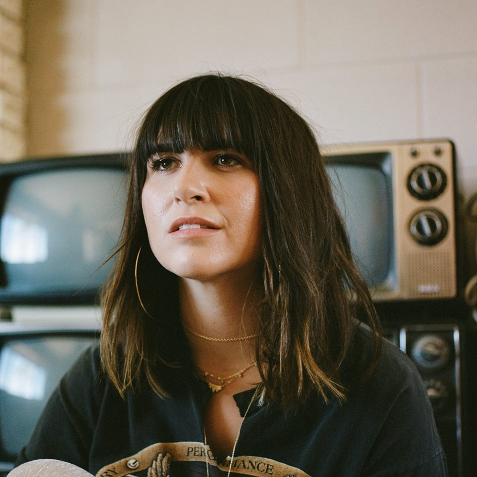 Emily Warren height and weight