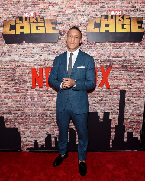Theo Rossi height and weight 2019