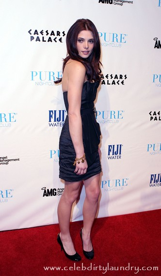 Twilights Ashley Greene Celebrates Her 24th Birthday At