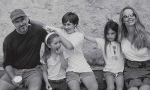 Steve Jobs energizing and refreshing self with his family