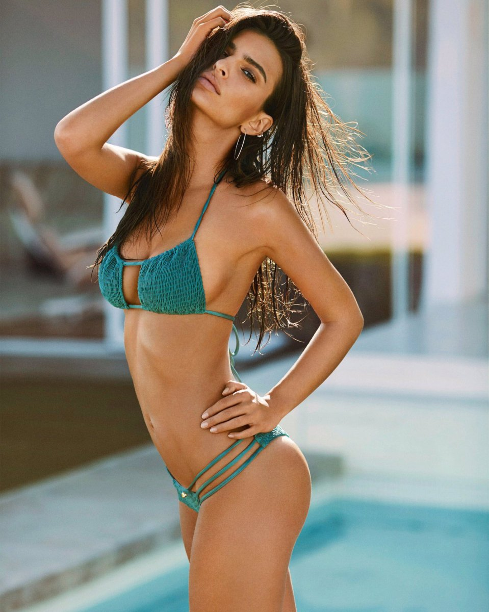 Emily Ratajkowski – Amore & Sorvete Bikini Collection