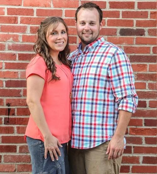 Josh & Anna Duggar stanno prevedendo il loro quinto bambino, un anno dopo che ha lasciato la riabilitazione del `