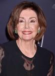 """Nancy Pelosi al pre-GRAMMY Gala e GRAMMY Salute all'industria icone in onore dei pettini di Sean """"Diddy"""""""