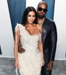 Kim Kardashian West e Kanye West arrivano al Vanity Fair Oscar Party del 2020 che si tiene al Wallis Ann ...