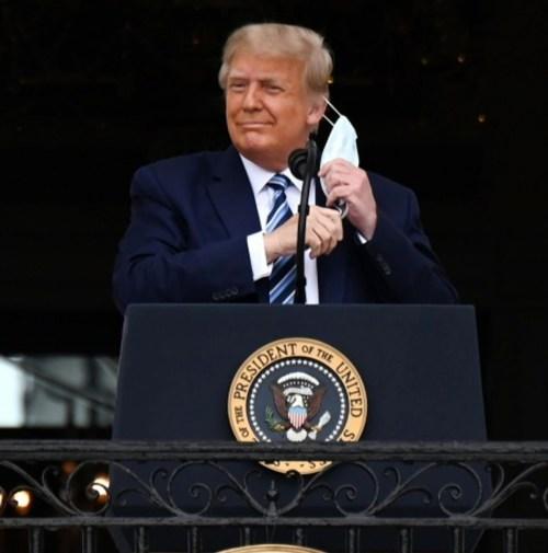Il presidente Trump pronuncia un discorso su legge e ordine alla Casa Bianca