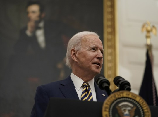 Osservazioni del presidente Joe Biden sulla crisi economica