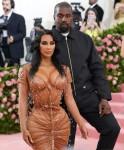 Kim Kardashian West e Kanye West arrivano al Met Gala 2019 a New York
