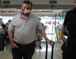 Il senatore Ted Cruz torna in Texas da Cancun tra i contraccolpi