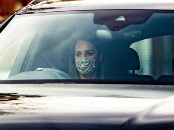 La duchessa di Cambridge è stata avvistata la mattina dopo che Meghan Markle l'ha accusata di farla piangere. È stata vista mentre guidava a Kensington Palace