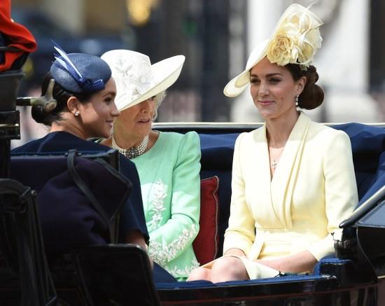 I reali britannici partecipano a Trooping The Color, la parata ufficiale per il compleanno della regina