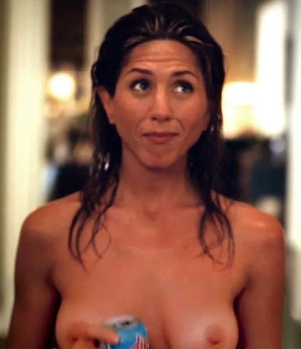 Jennifer Anistons Banned Topless Pics