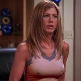 The Best Of Jennifer Anistons Nipples On Friends