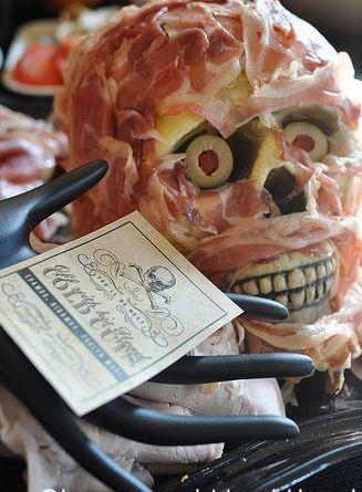 5 Halloween Party Décor Ideas for Adults