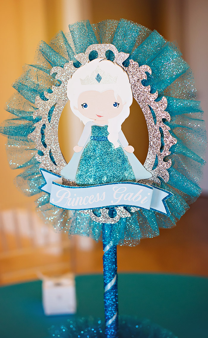 Frozen Party Elsa Centerpiece