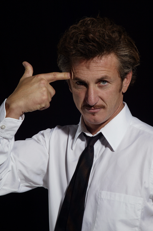 Sean Penn Shows How To Clean Up Hollywood
